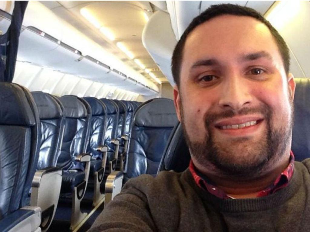 Chris O'Learly no avião