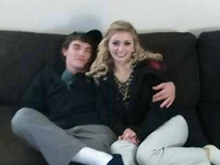 O casal de adolescentes foi detido depois de ter estado em fuga durante duas semanas (Facebook)
