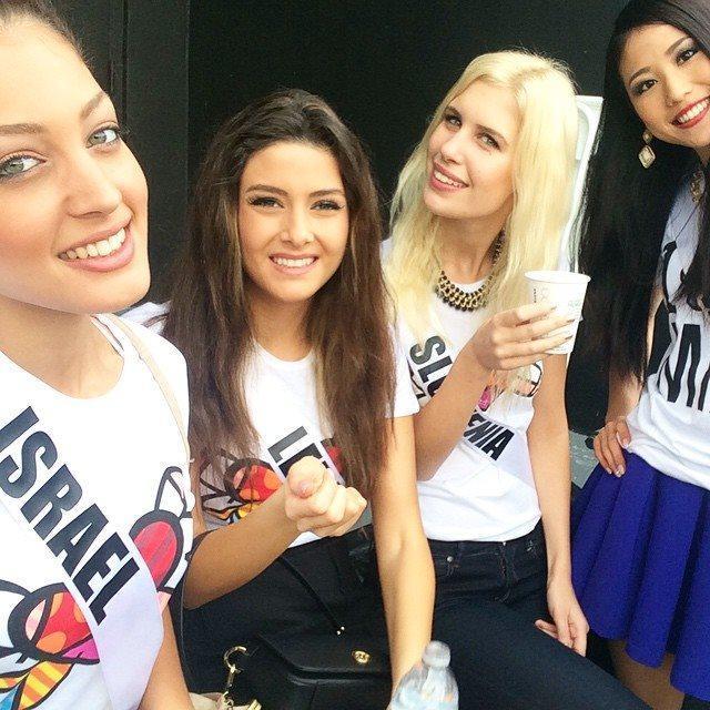 Miss Líbano e Miss Israel juntas em fotografia