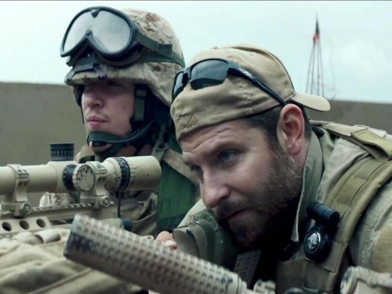 «Sniper Americano», de Clint Eastwood, conta a história do atirador Chris Kyle, interpretado por Bradley Cooper