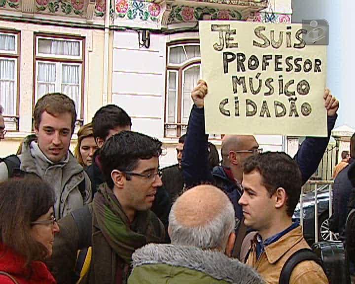 Manifestação de professores do ensino artístico