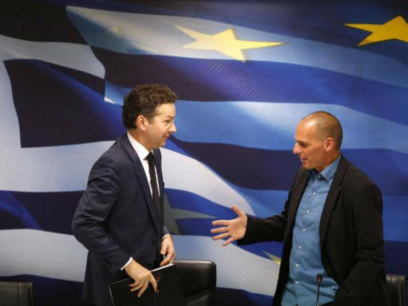 Jeroen Dijsselbloem e Yanis Varoufakis [Foto: Reuters]