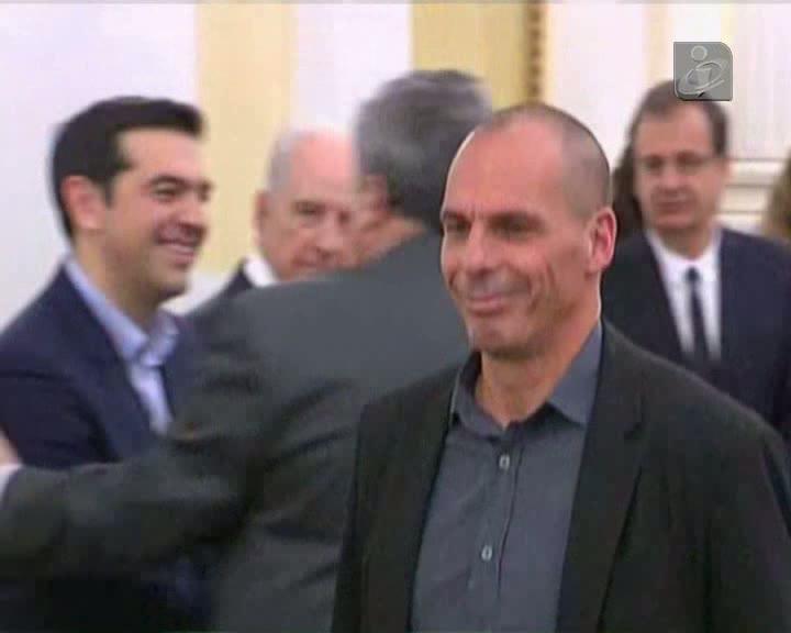 Governo grego quer continuar a discutir com os credores