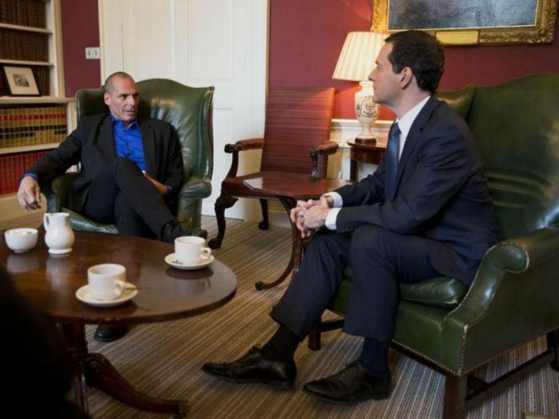 Yanis Varoufakis e George Osborne [Foto: Reuters]
