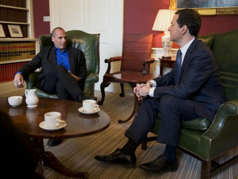 Encontro entre os ministros das Finanças grego e britânico (REUTERS)