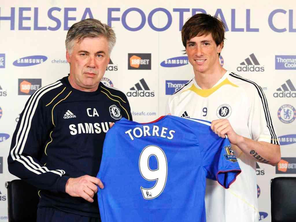 Torres do Liverpool para o Chelsea (Foto Reuters)