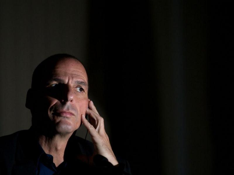 Wolfgang Schaeuble e Yanis Varoufakis (Lusa)