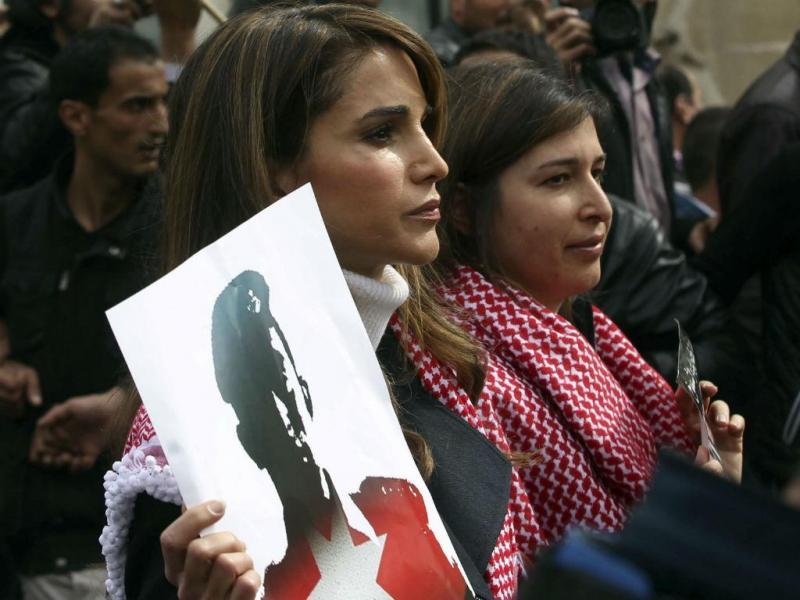 Rainha Rania junta-se a marcha contra o Estado Islâmico (REUTERS)
