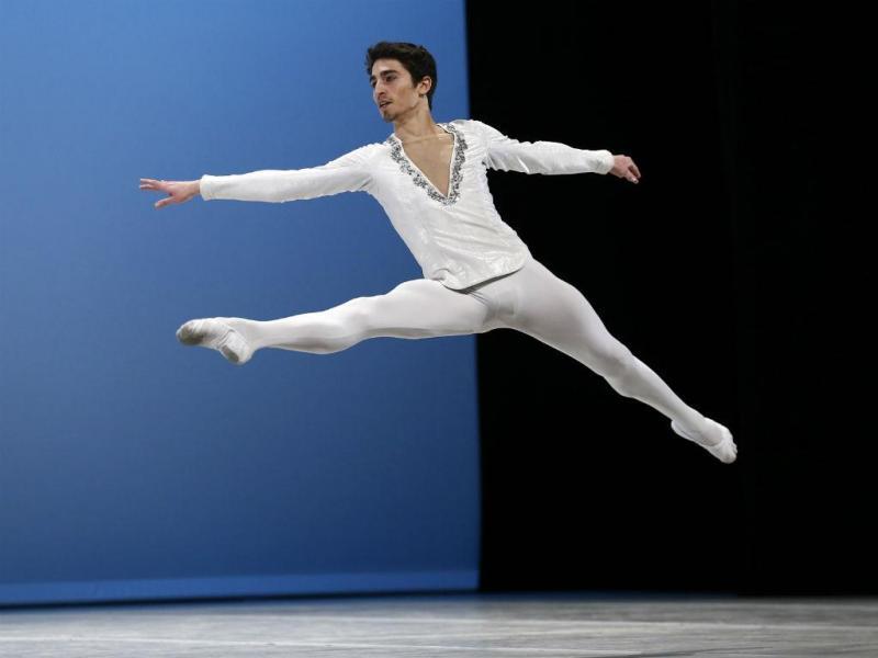 Atuação de Miguel Pinheiro no 43º Prix de Lausanne, Suíça (REUTERS/Denis Balibouse)