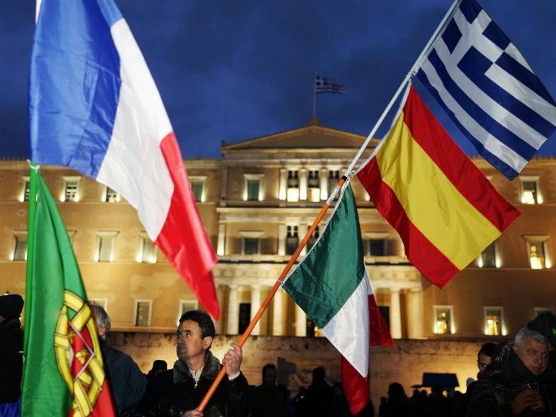 Grécia na rua em dia de Eurogrupo [Reuters]