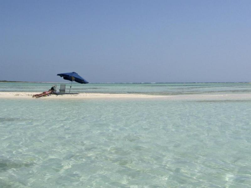 Cayo de Agua, Los Roques National Park, Venezuela - As 25 melhores praias do mundo [Reuters]
