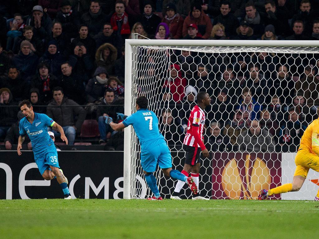 PSV-Zenit (REUTERS/ Michael Kooren)
