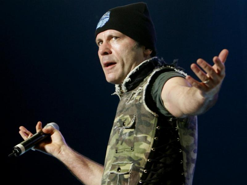 Bruce Dickinson, vocalista dos Iron Maiden (Reuters)