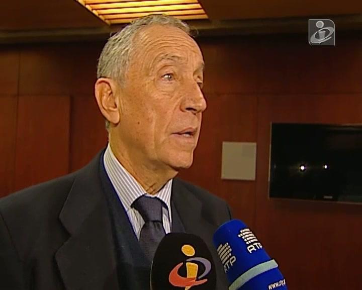 Presidenciais: Marcelo Rebelo de Sousa diz que Ferreira Leite «preenche requisitos» para