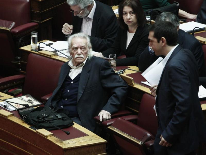 Manolis Glezos e Alexis Tsipras (Reuters)