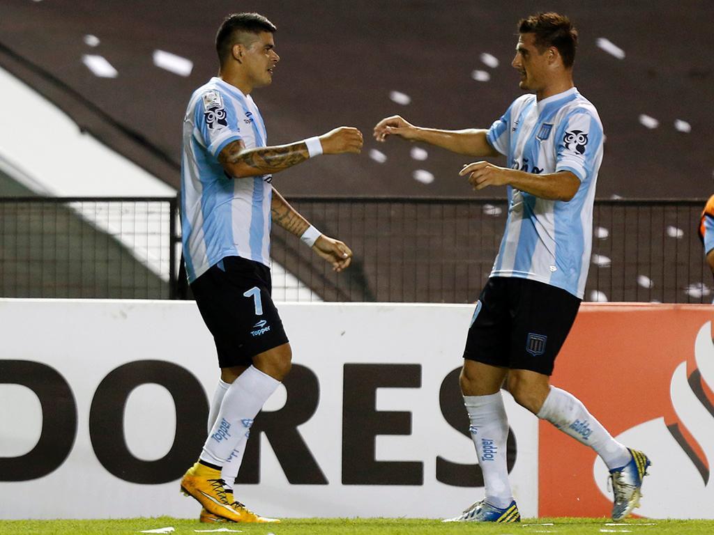 Racing-Guarani (REUTERS/ Enrique Marcarian )