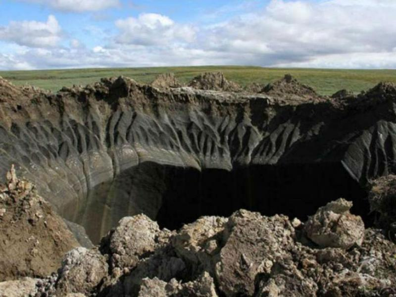 Crateras misteriosas na Sibéria (IFL Science / Reprodução)