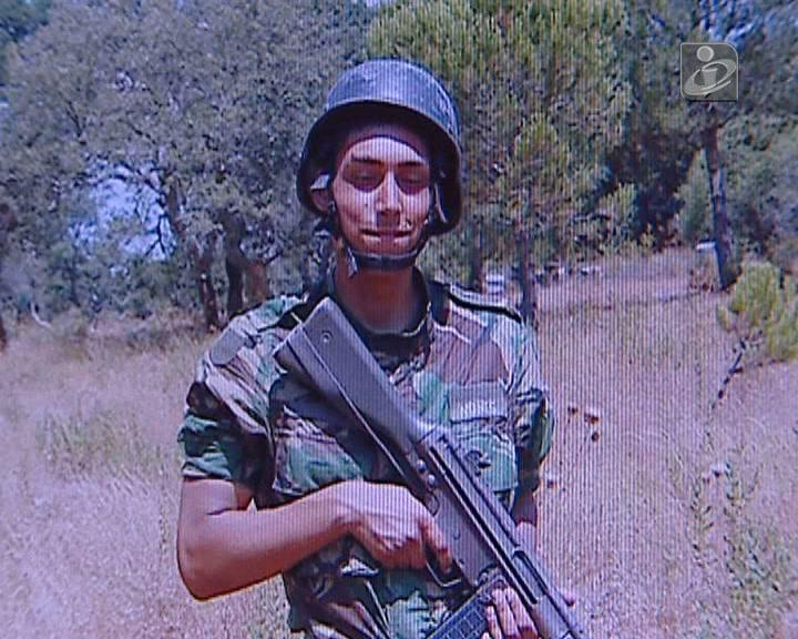 Jovem português deserta da Força Aérea
