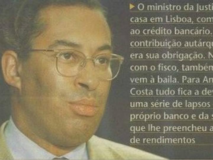 António Costa em notícia de jornal