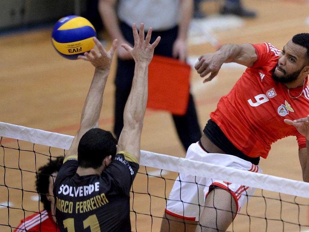 Benfica vence Taça de Voleibol