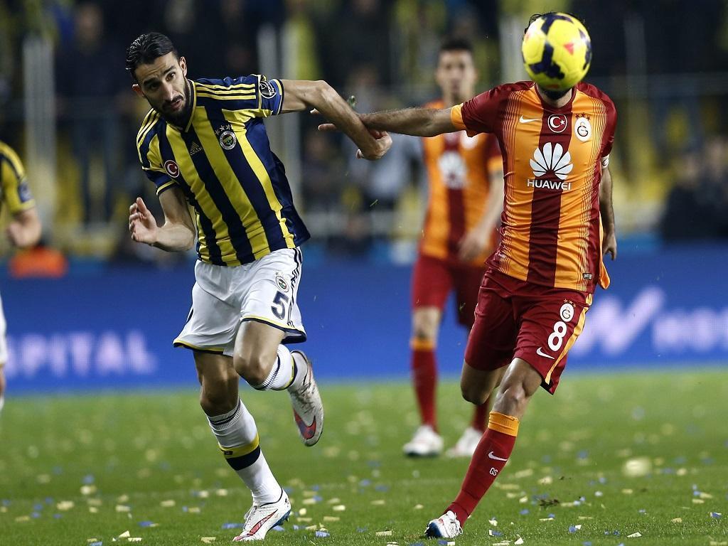 Fenerbahce-Galatasaray (EPA/ Tolca Bozoglu)