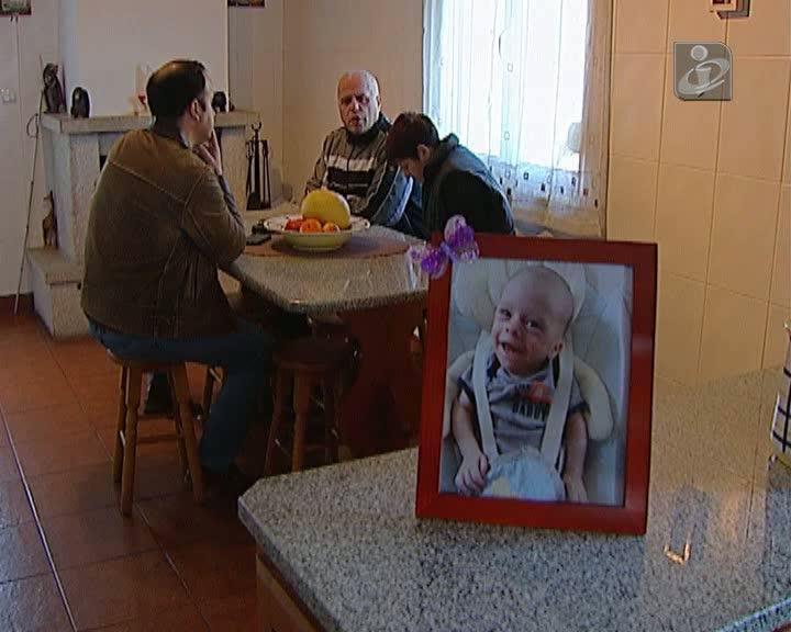 Família de bebé que morreu em Viana avança com queixa-crime
