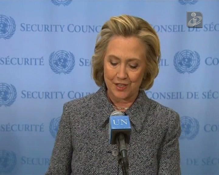 Hillary Clinton reconhece que não devia ter usado e-mail pessoal para assuntos oficiais
