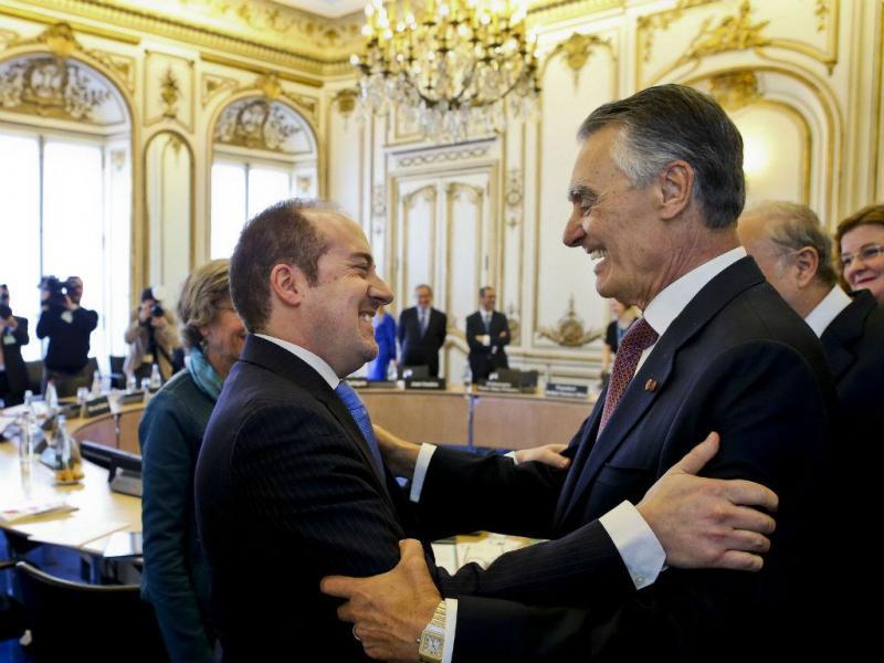 Cavaco Silva em Paris (EPA/LUSA)