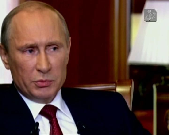 Putin reaparece após 10 dias e brinca com rumores