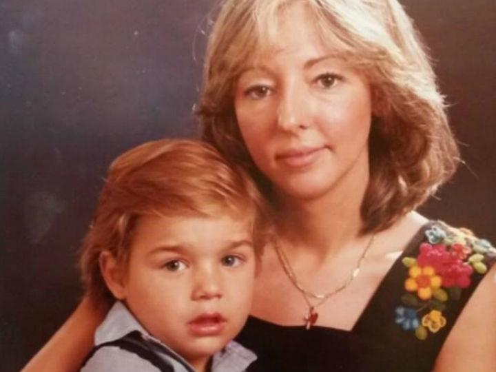 Mãe reencontra filho através do Facebook (Facebook Yeny Zaera)