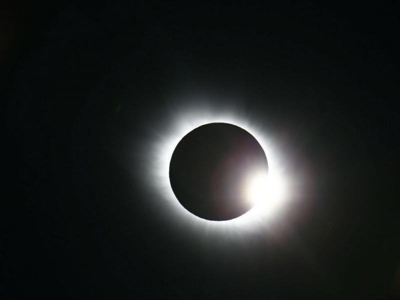 Eclipse solar na Noruega (EPA/HAAKON MOSVOLD LARSEN)