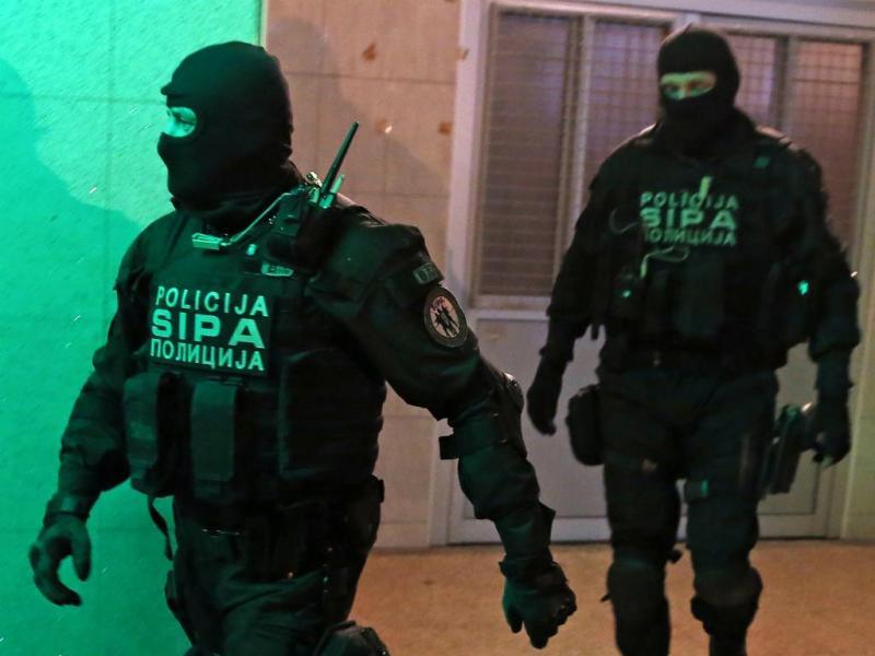 Polícia turca [Reuters]
