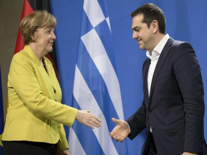 Angela Merkel e Alexis Tsipras [Foto: Reuters]