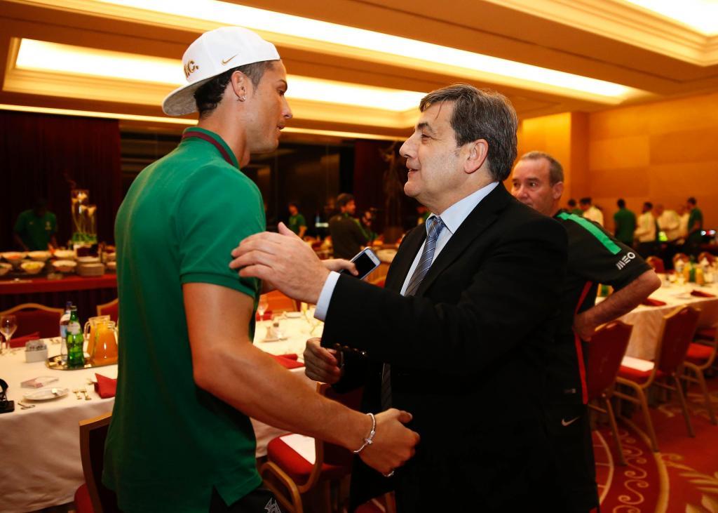 Fernando Gomes jantou com a seleção