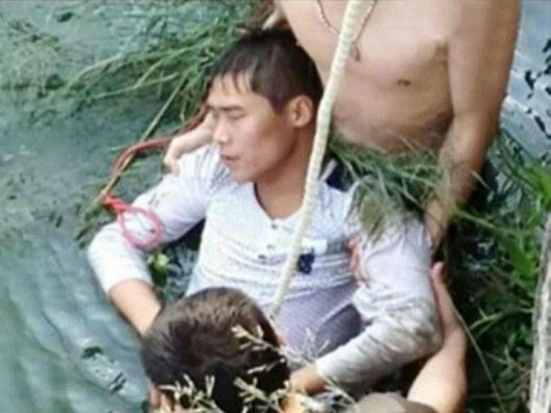 Chinês no lago da cidade de Shiyan (Twitter)
