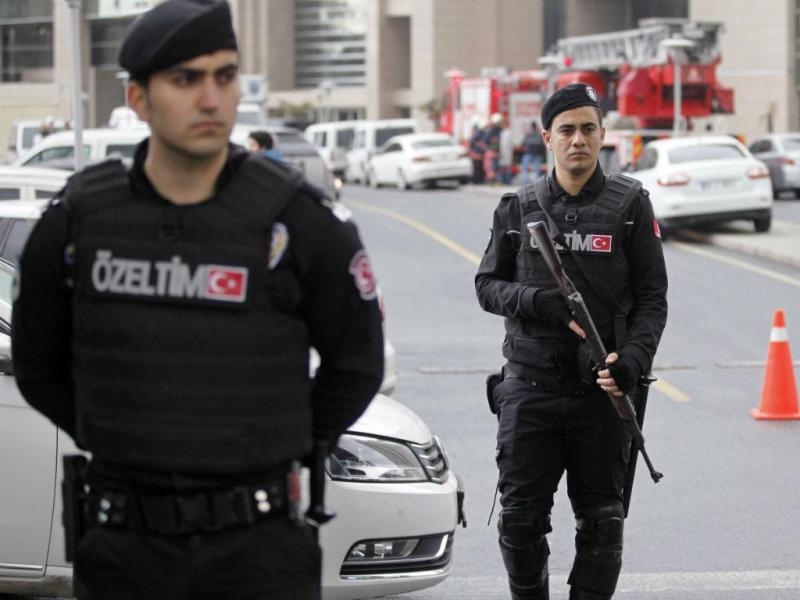 Polícia turca (Reuters)