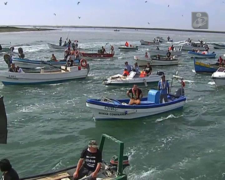 Duzentos barcos em protesto contra demolições na Ria Formosa