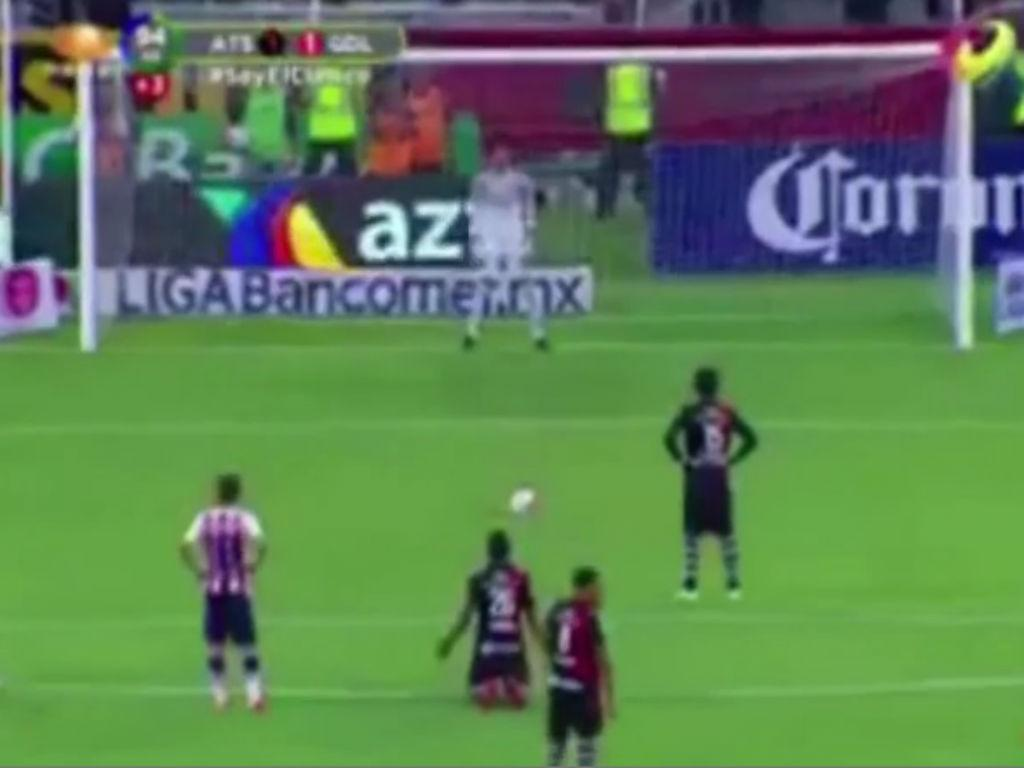 Penálti ao minuto 95 na Liga mexicana