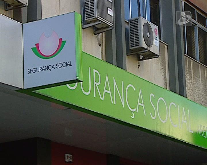 Segurança Social obrigada a reintegrar duas funcionárias