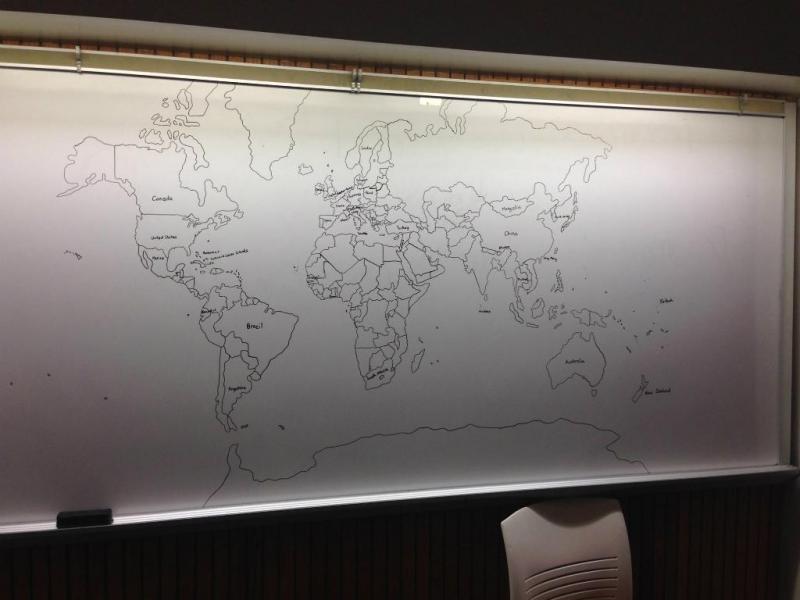 Criança com autismo desenha mapa mundo de memória (Reprodução/Reddit/Bobitis)
