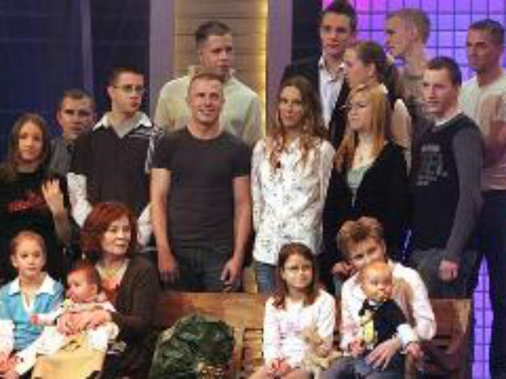 Annegret Raunigk com os filhos (Twitter)