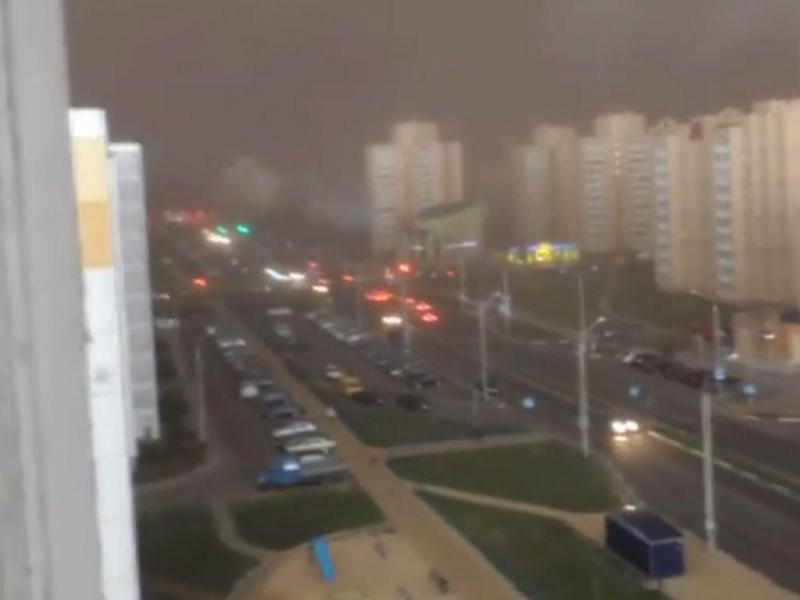 Tempestade de areia na Bielorrússia (Reprodução YouTube)