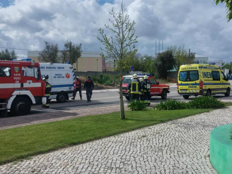 Ameaça de bomba em escola de Coruche (Foto Pedro Ribeiro/TVI)
