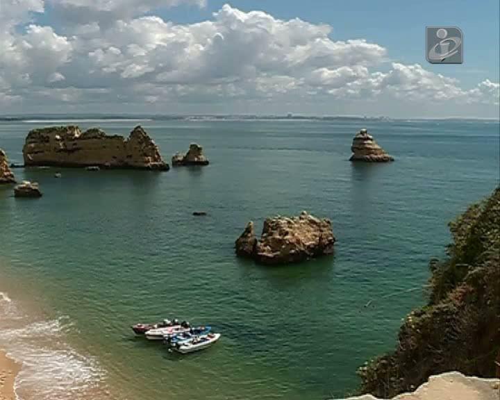A praia mais bonita do mundo vai ficar maior