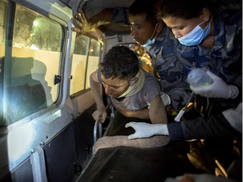 Nepal: sobrevivente encontrado 82 horas depois (Reuters)
