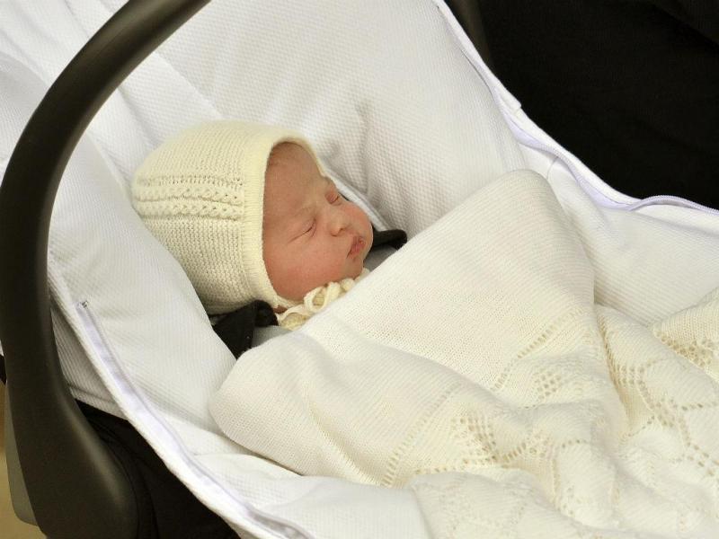 O novo bebé real é uma menina [Reuters]
