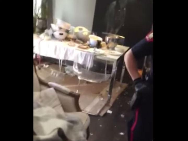Casa destruída pelos inquilinos (Reprodução YouTube)