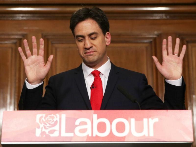 Ed Miliband demite-se [Foto: Reuters]