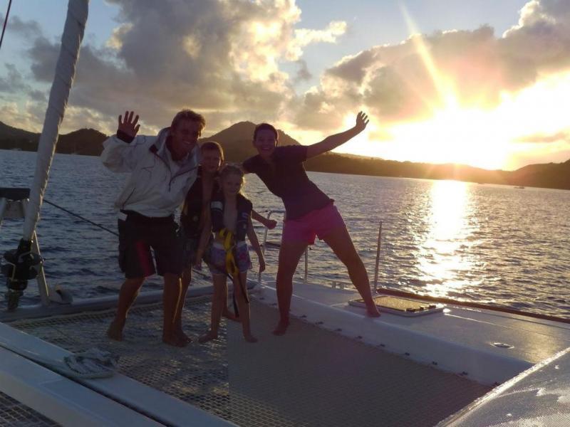 Família francesa vítima de naufrágio no mar dos Açores (Reprodução)