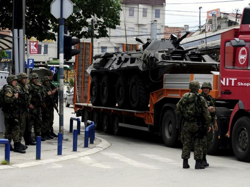 Confrontos entre polícia e terroristas na Macedónia (Reuters)